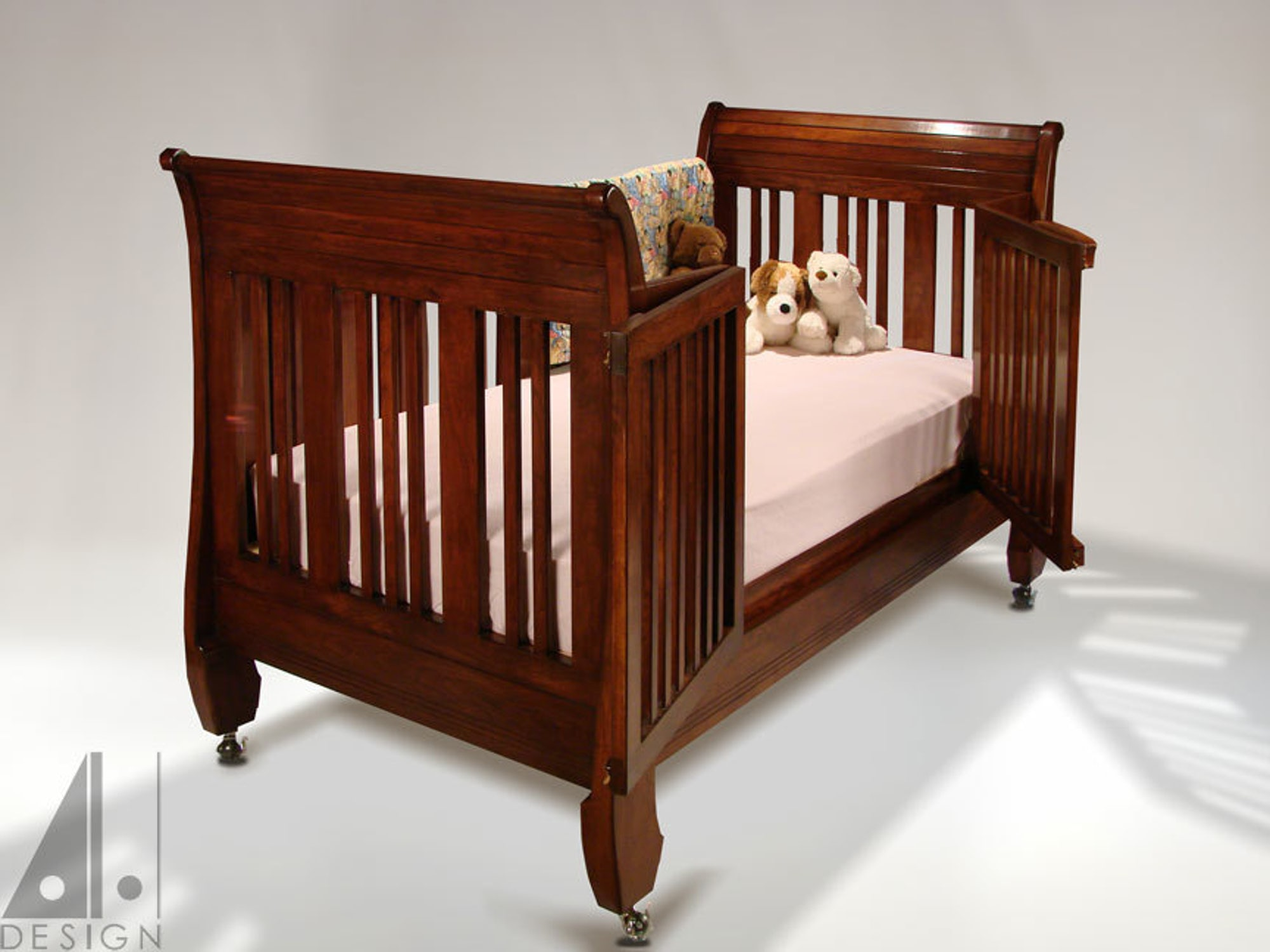 Transformable bed/crib