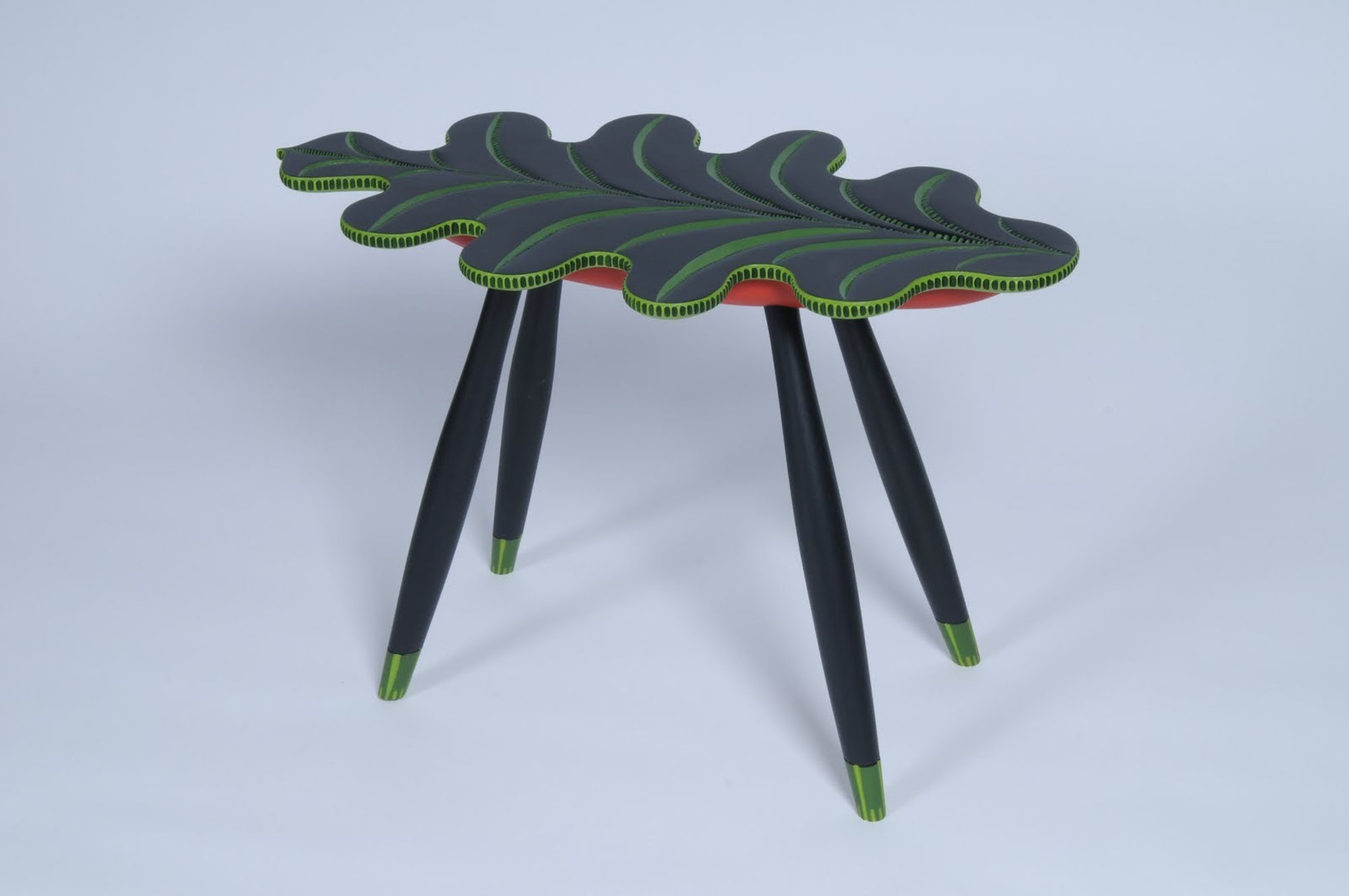 F.1-GARBUS-LEAFBUG-TABLE-2010-Perspective