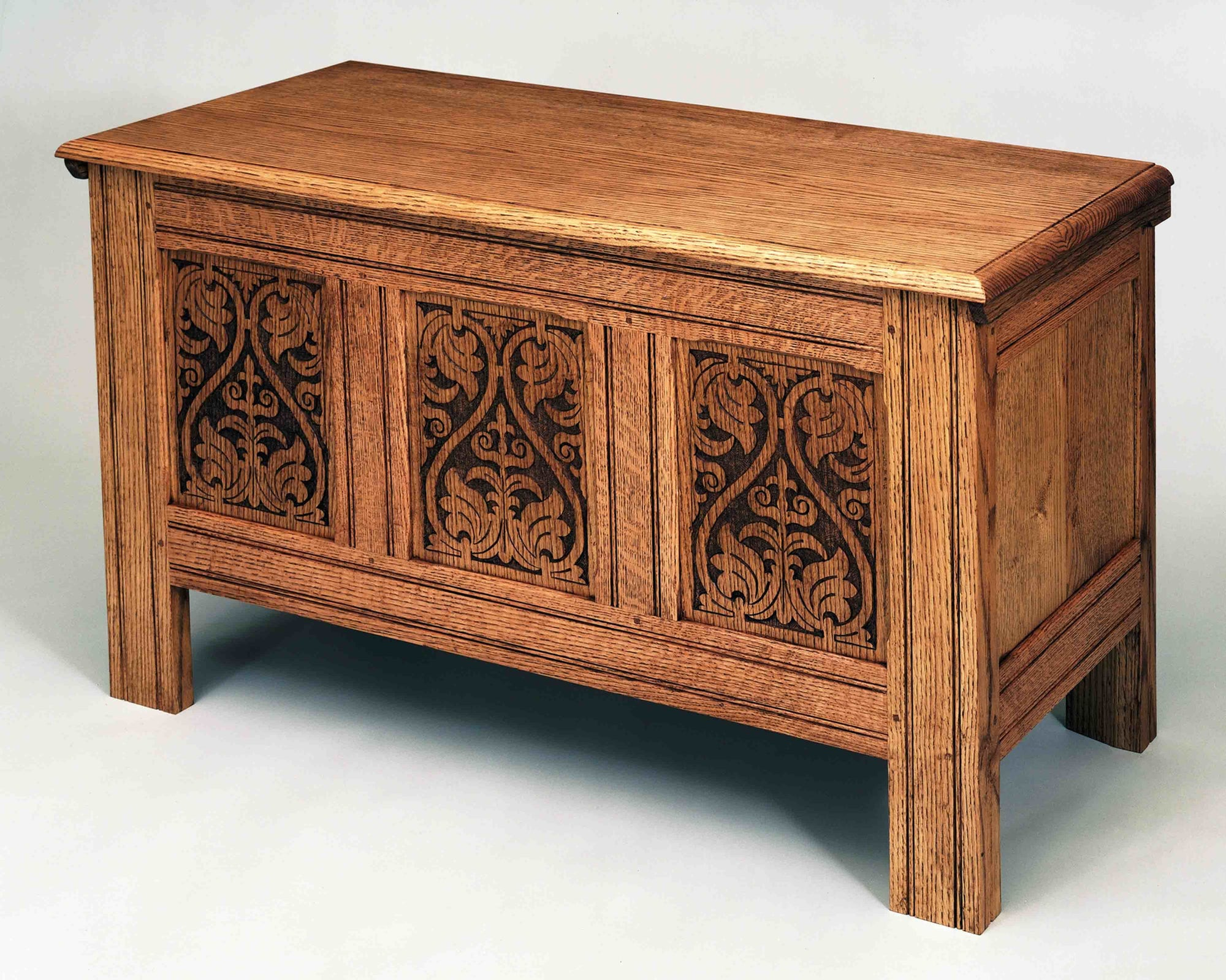 Thurston Blanket Chest
