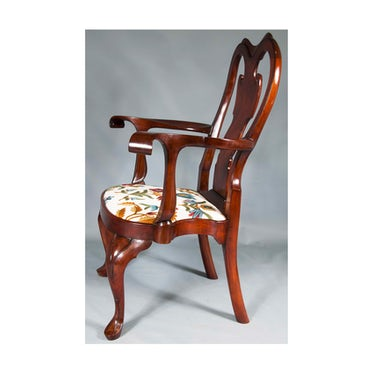 Image 2: Replica of Philadelphia Queen Anne Arm Chair