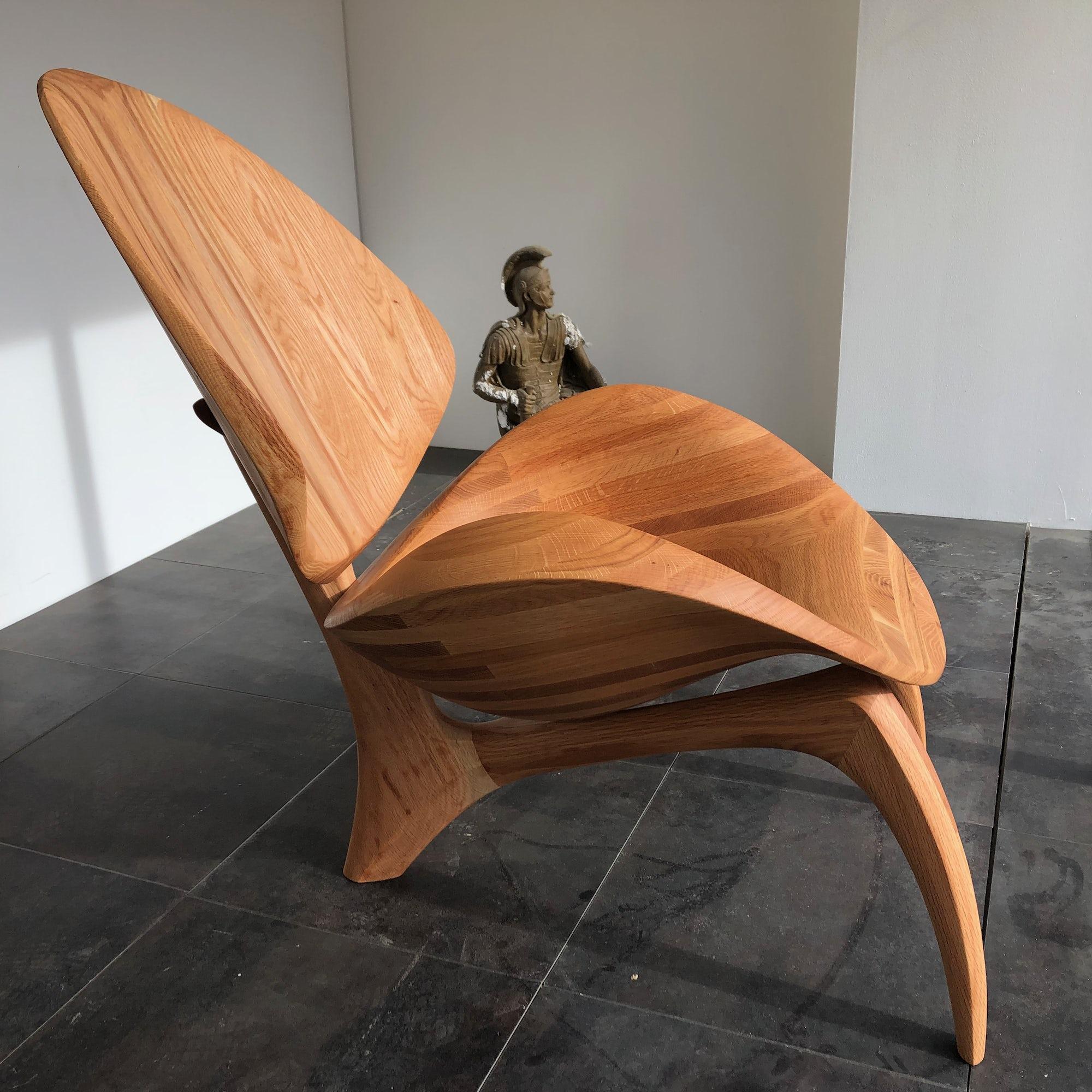 Dicot Lounge Chair