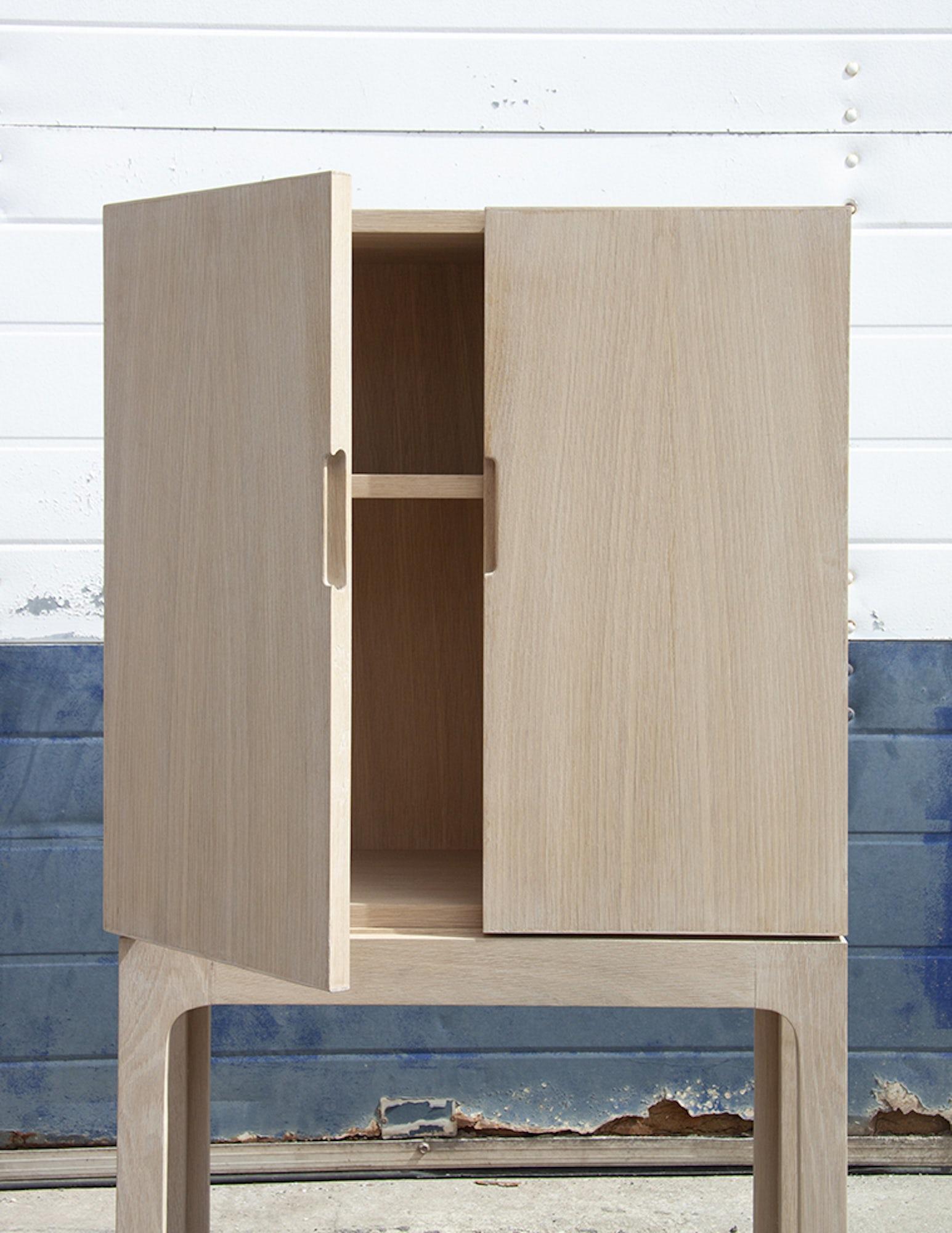 Ready cabinet