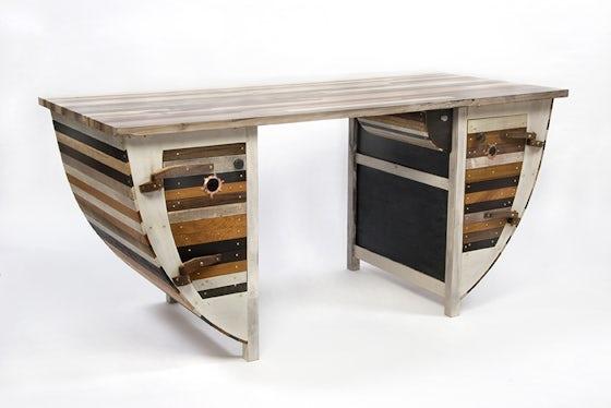 Ronnie-Desk-Web