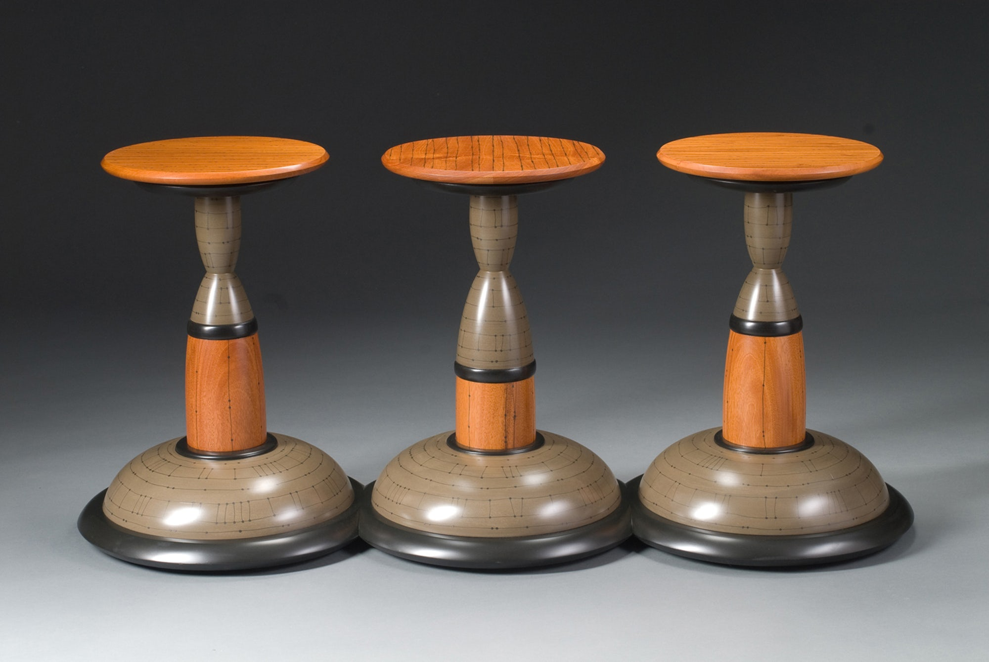 Odd-Man-Out-Table