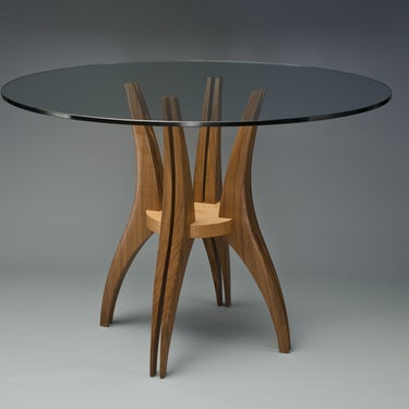 Gazelle-cafe-table