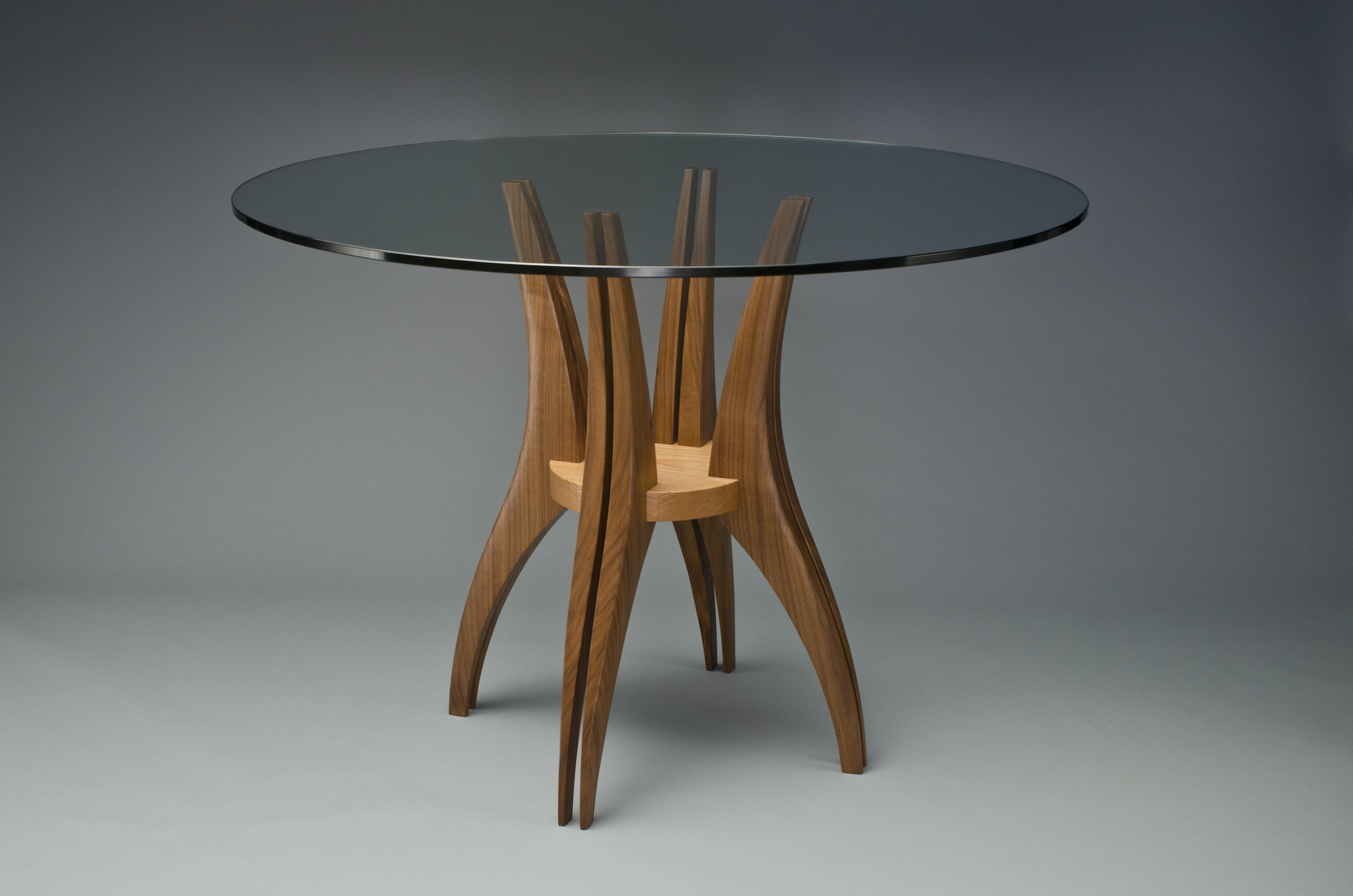 Gazelle-cafe-table